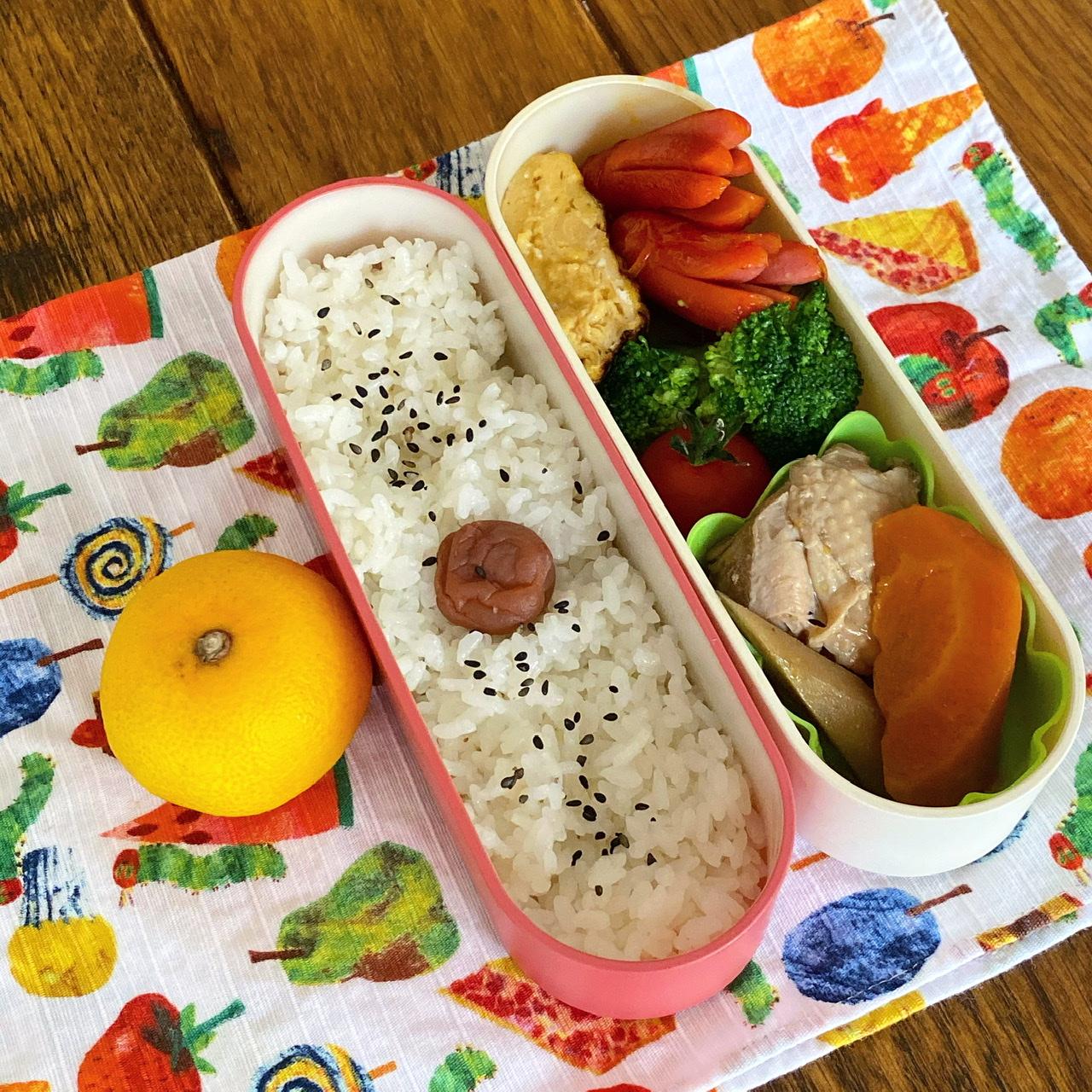 今週の幼稚園弁当は日の丸ごはんの普通のお弁当
